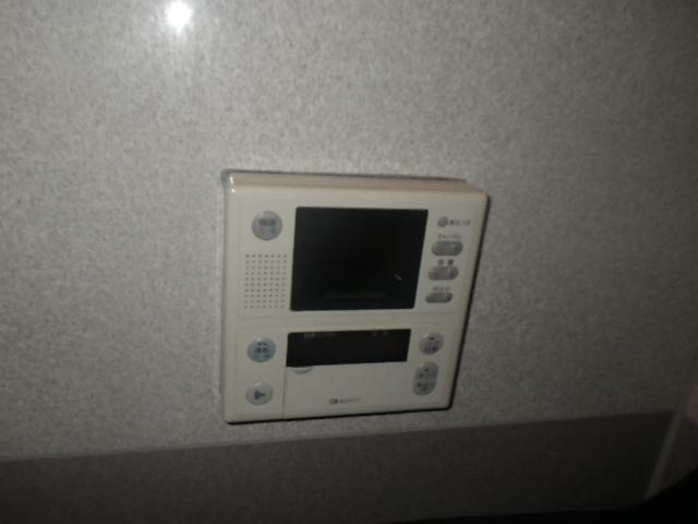ガス給湯器取替工事 (神戸市東灘区) 既設リモコンTV付き
