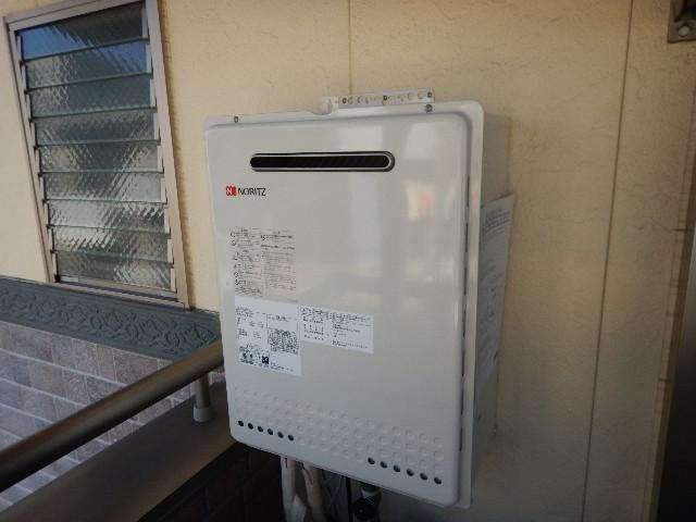 ガス給湯器取替工事(神戸市中央区)本体固定完了後