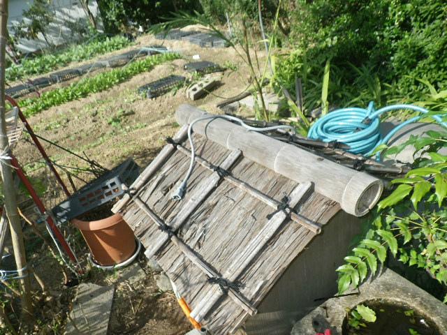 浅井戸ポンプ取替工事(伊丹市)雨よけ囲い設置後