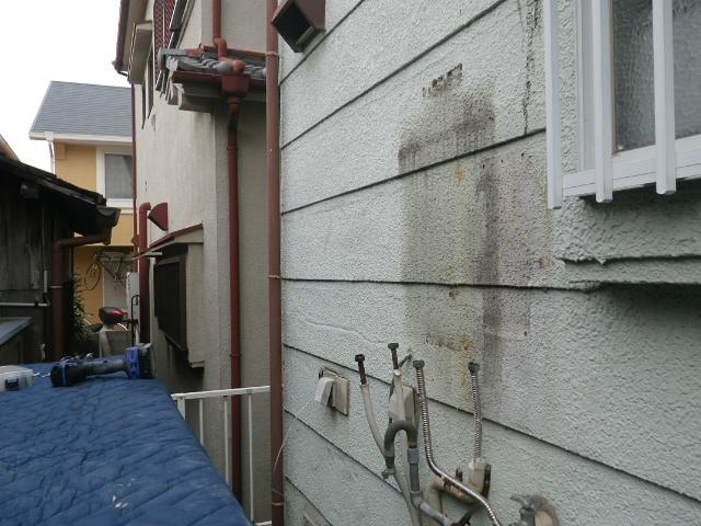 ガス給湯器取替工事(神戸市垂水区)既設給湯器撤去後