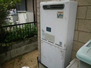 ガス給湯器取替工事(神戸市須磨区)既設給湯器