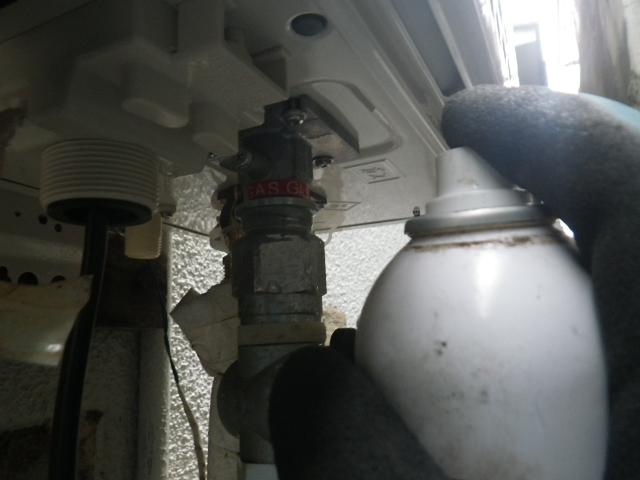 給湯器取替工事(神戸市須磨区)ガス漏れチェック