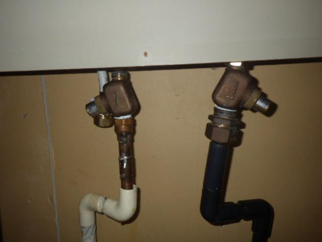 キッチン水栓取替工事(垂水区)配管つなぎ前