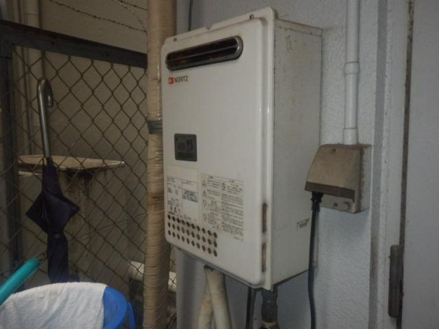 給湯器取替工事(神戸市中央区)既設給湯器