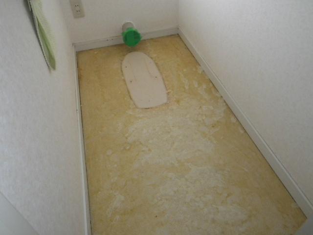 壁排水ピュアレストQR取替工事(神戸市北区)CF張替え中