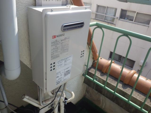 給湯器取替工事(神戸市東灘区)配管接続後