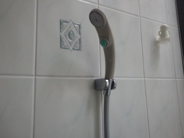 シャワー水栓取替え工事(神戸市東灘区)既設シャワー