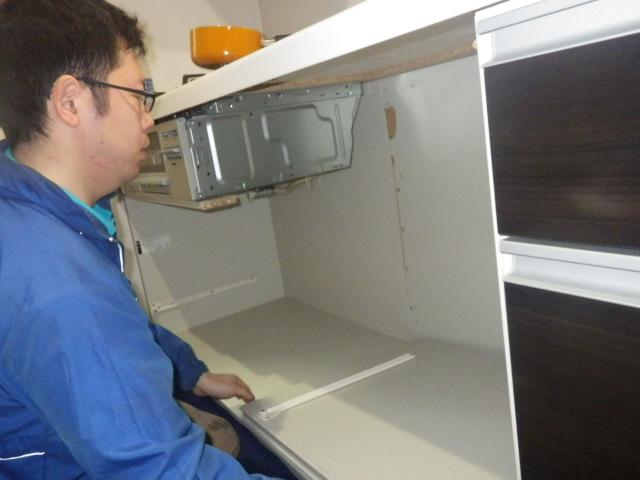 食器洗い機新設工事(加西市)キャビネット解体後