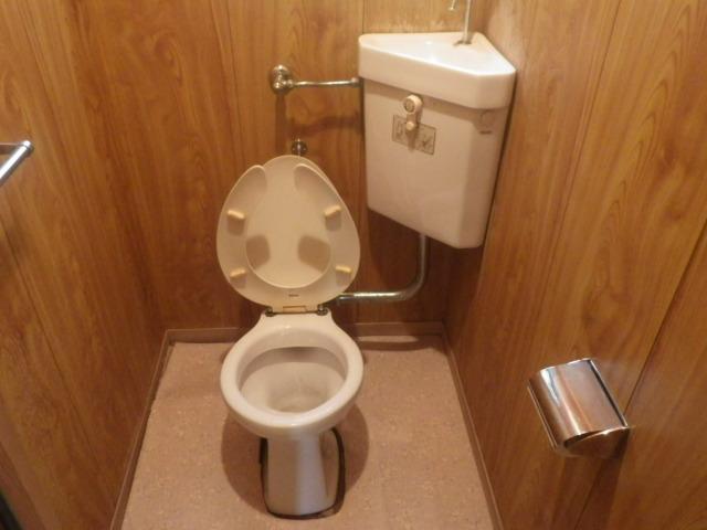 トイレリフォーム工事(神戸市須磨区)既設トイレ