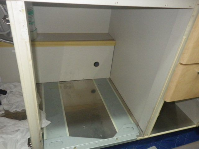 食洗機取替え工事(神戸市垂水区)撤去後